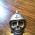 Broken bones metal pin Pin / Badge