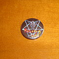Running Wild - Pin / Badge - Running Wild Button