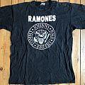 Ramones - Hey Ho Let's Go - L