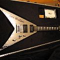 Unique Jackson custom Mirror King V owned by Dave Mustaine
