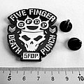 Five finger death punch metal shaped pin speld badge new n5
