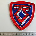 Twisted Sister - Patch - Twisted Sister shield patch t113 red border and silver print