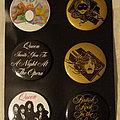 Queen badges