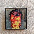 David Bowie - Pin / Badge - David Bowie - Aladdin Sane badge