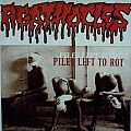 "AGATHOCLES / EMBALMING THEATRE - Piles left to rot / Even Shakespeare fed the Worms (7"" split EP, lim. 1000)"