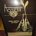 Accept Poster Tour (Help me with the SIGNATURES !)