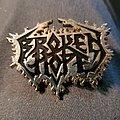 Broken hope badge Pin / Badge
