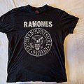 "Ramones - ""used look"" official shirt / Size: L"