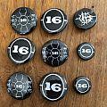 16 - Pin / Badge - 16 - pins