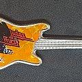 Judas Priest - Pin / Badge - Guitar shaped pin