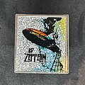 Led Zeppelin - Pin / Badge - Square glitter metal pin