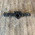 Twisted Sister - Pin / Badge - Twisted Sister bones logo pin badge