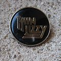 THIN LIZZY Golden logo vintage crystal/enameled badge