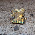 HEAVY METAL eagle / flying V vintage crystal pin Pin / Badge