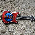 W.A.S.P. prismatic logo vintage guitar brooch (red background) Pin / Badge
