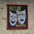 MÖTLEY CRÜE Theatre Of Pain original woven patch (red border)