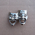 Mötley Crüe - Pin / Badge - MÖTLEY CRÜE Theatre Of Pain 1980s cast pewter pin