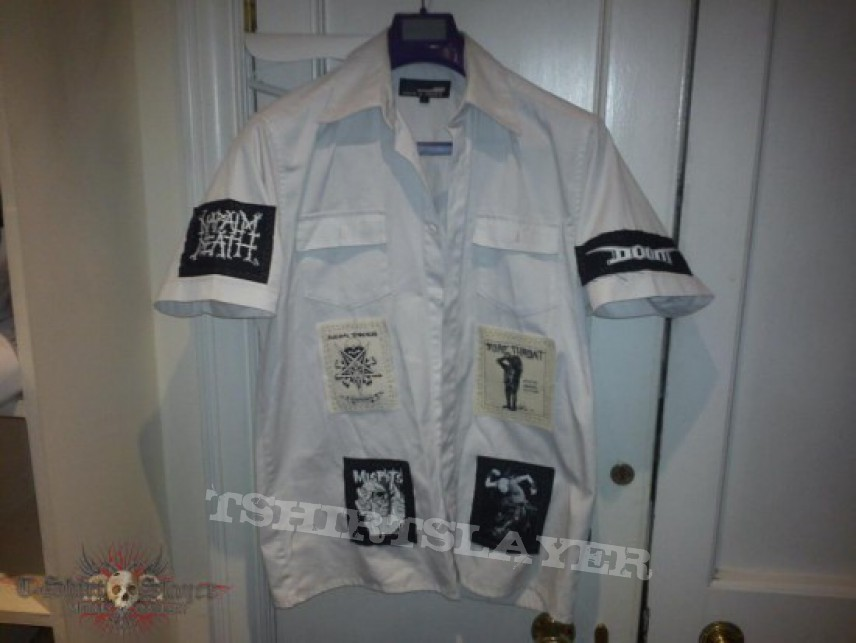 TShirt or Longsleeve - Patched Shirt