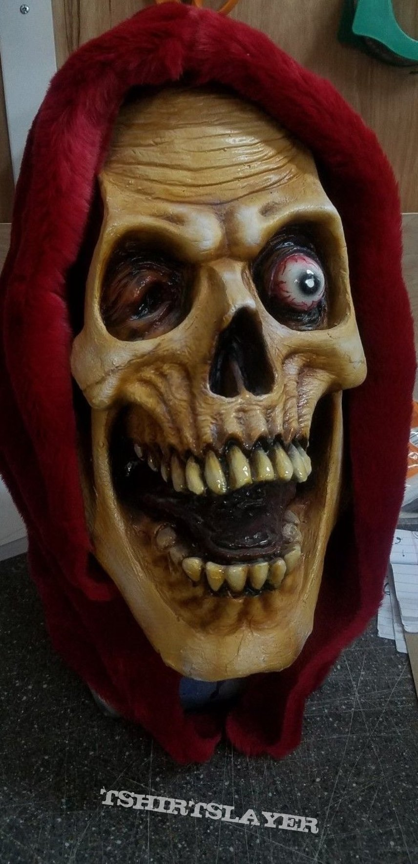 DEATH - scream bloody gore mask