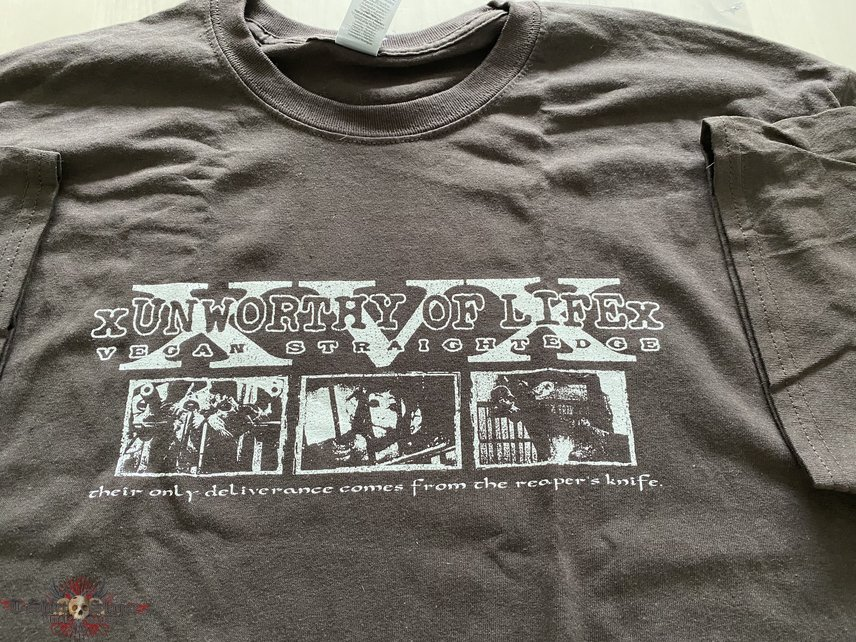 "XUNWORTHY OF LIFEX ""their only deliverance comes from the reapers knife"" t-shirt"