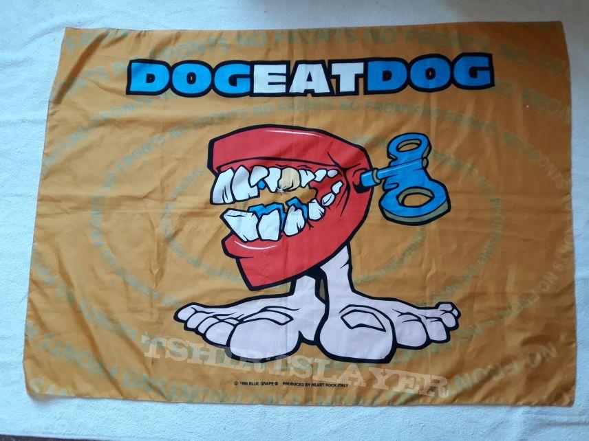 1995 Dog Eat Dog Flag