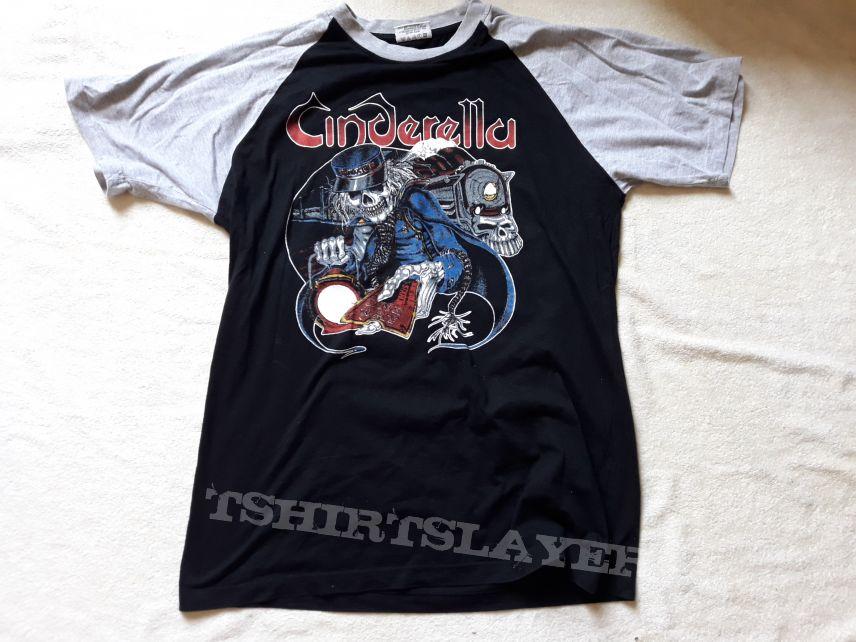 90s Cinderella T