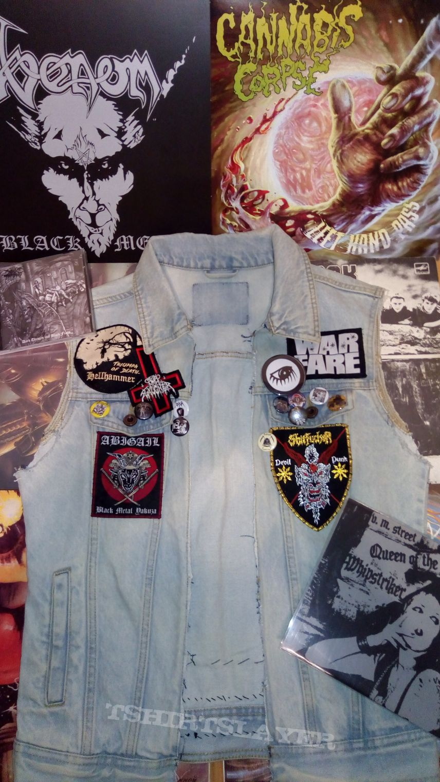 Uptade on Denim Sleeveless Jacket