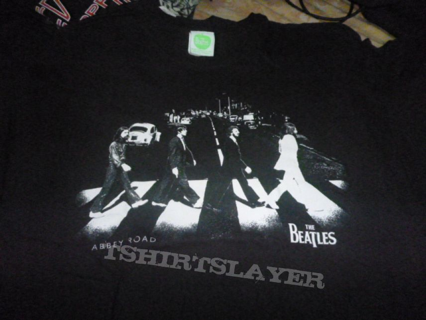 "The Beatles - ""Abbey Road"" Black and white t shirt"
