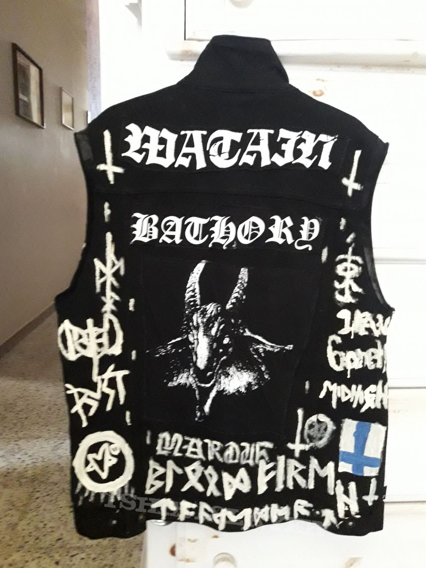 DIY Handpainted Black Metal vest update