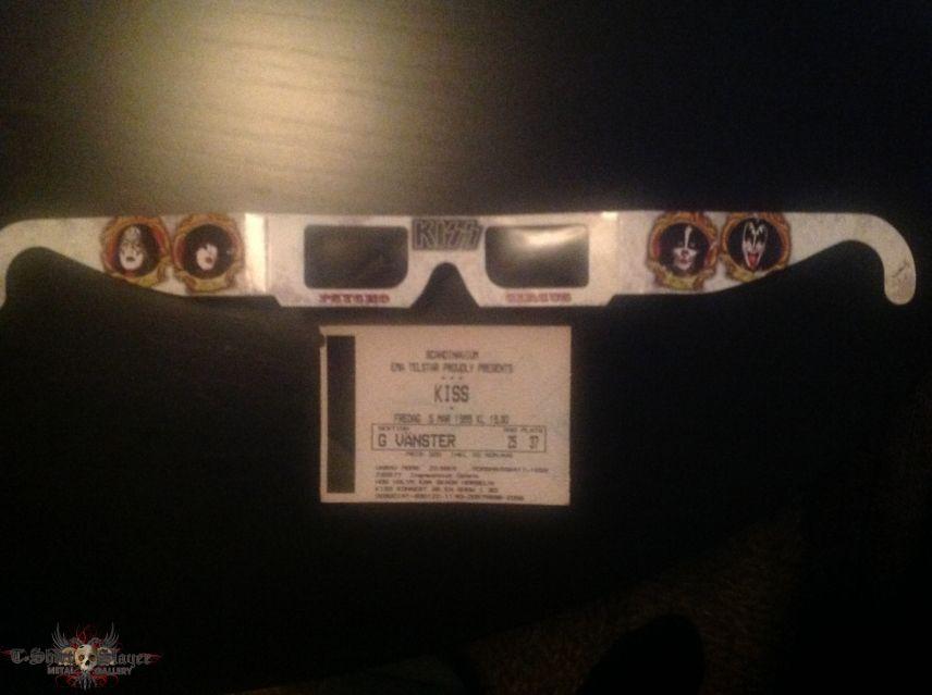 3D-glasses & concert ticket