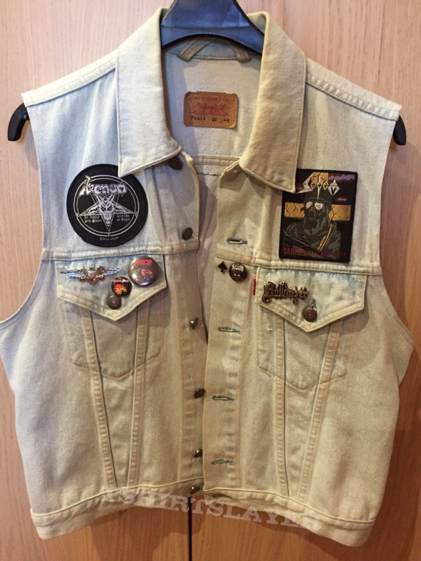 I`m The Graves of the 80`s denim vest