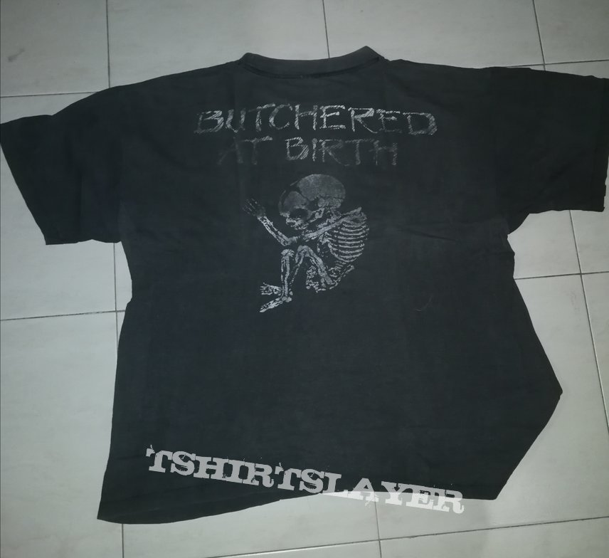 Cannibal Corpse - Butchered At Birth Tshirt