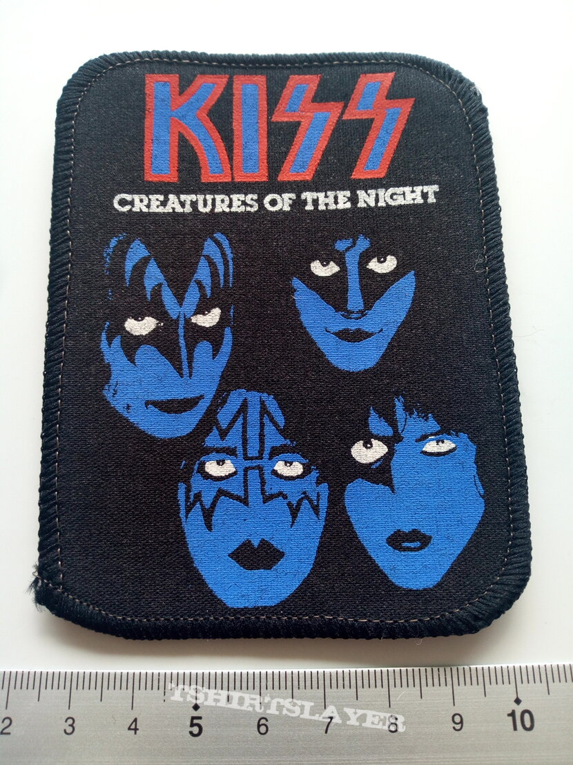 KISS  1982 creatures of the night patch 51 ---7.5x10 cm