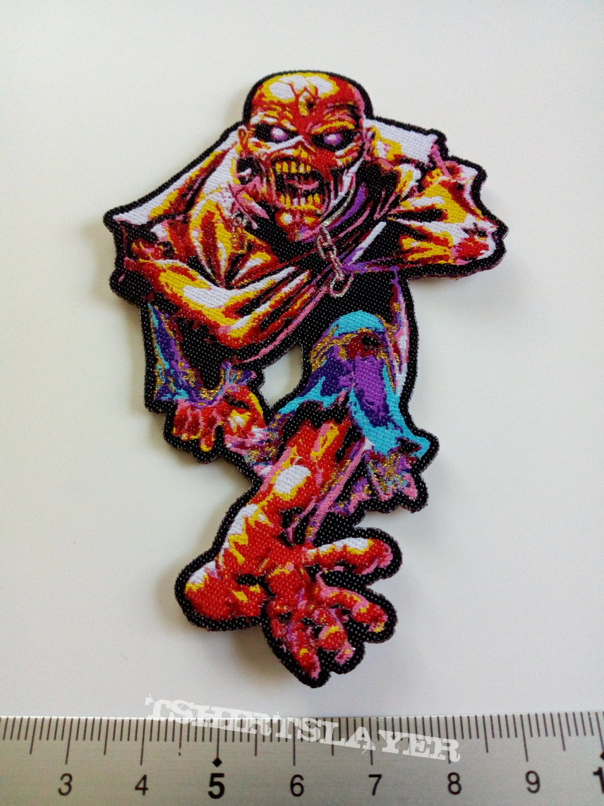 Iron Maiden shaped patch 330 Piece of mind  6.5 x 10 cm