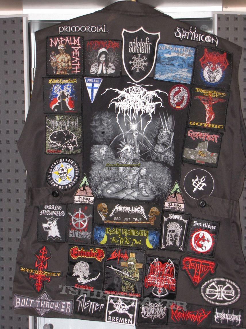 Jacke aus Holz