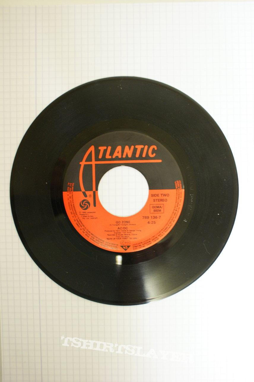AC/DC Heatseeker Single