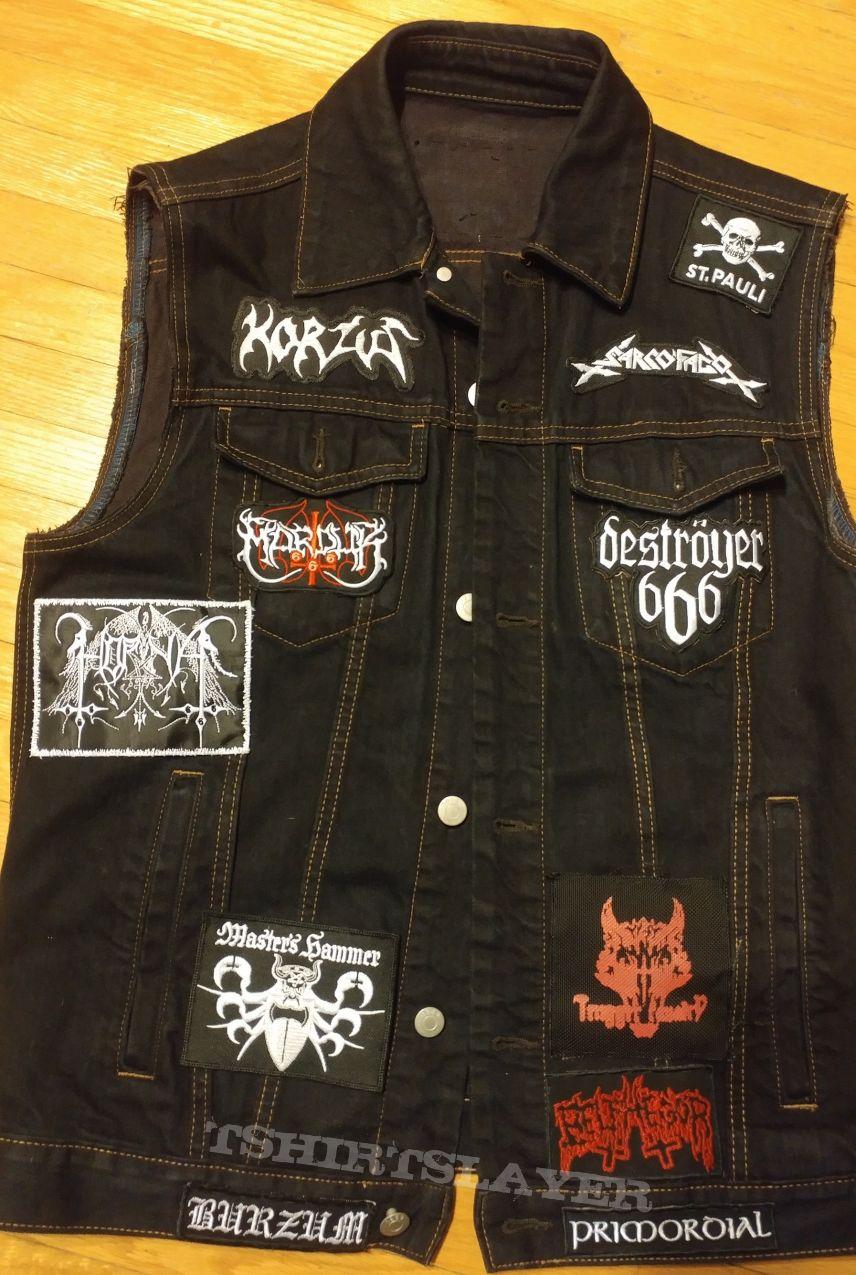 Maciej's black vest
