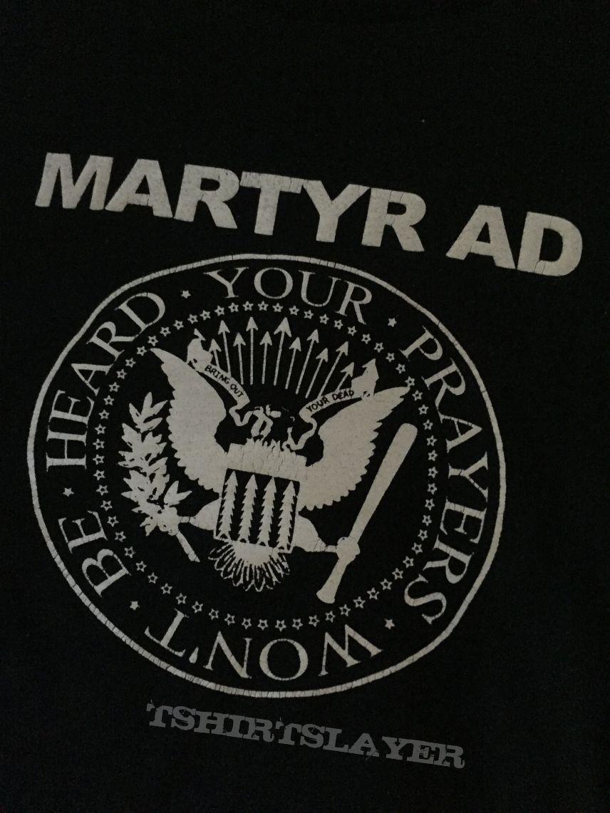 Martyr AD Ramones rip off