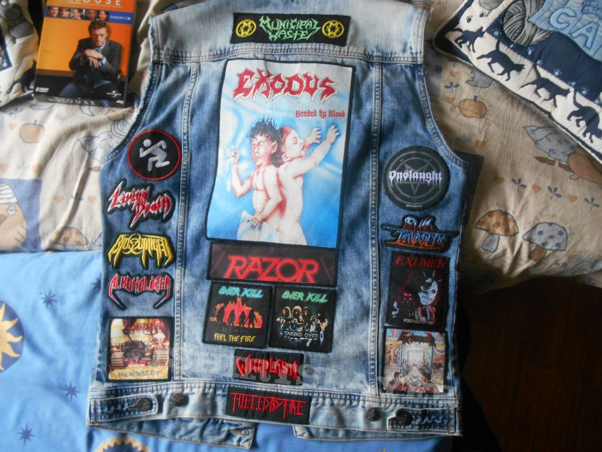 My full Thrash metal Battle Jacket upgraded ! Feat. Dr House.