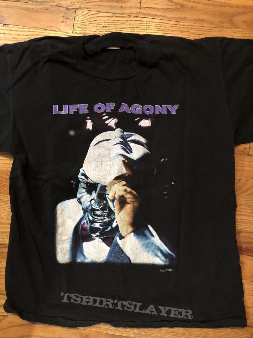 Ugly shirt.