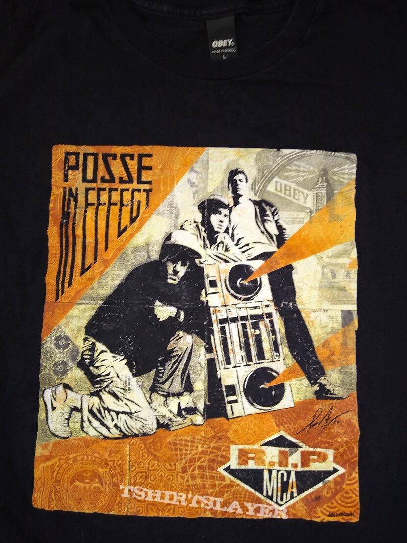 """Beastie Boys """"RIP MCA """" t- shirt size - L"""
