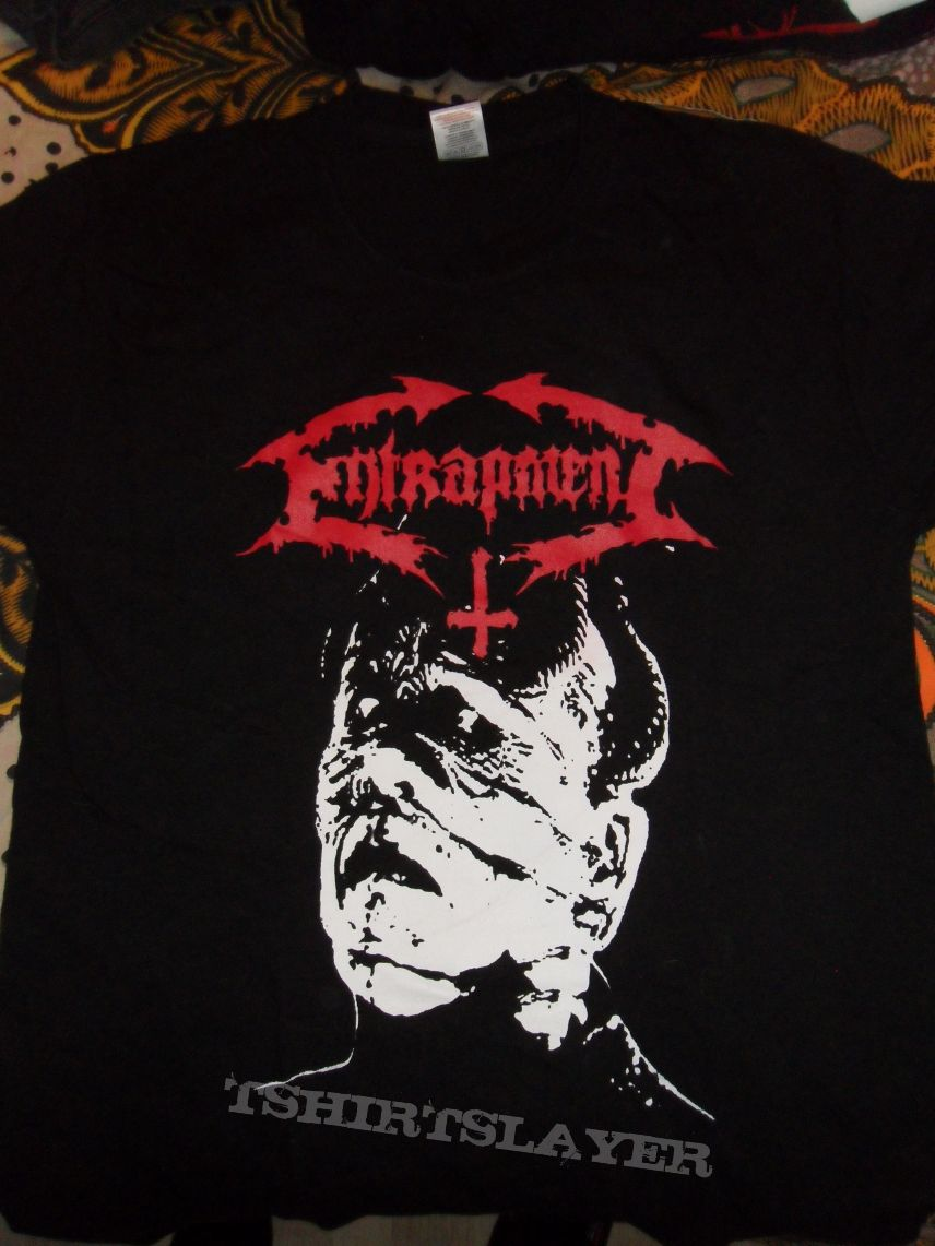 Selling: Entrapment demo shirt