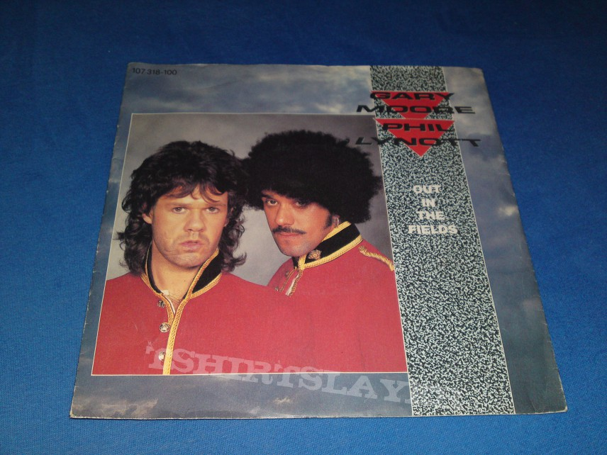 Other Collectable - Gary Moore Out In The Fields First Press Single