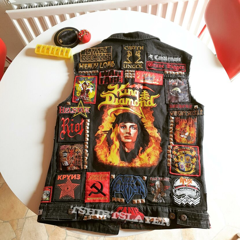 Primary vest