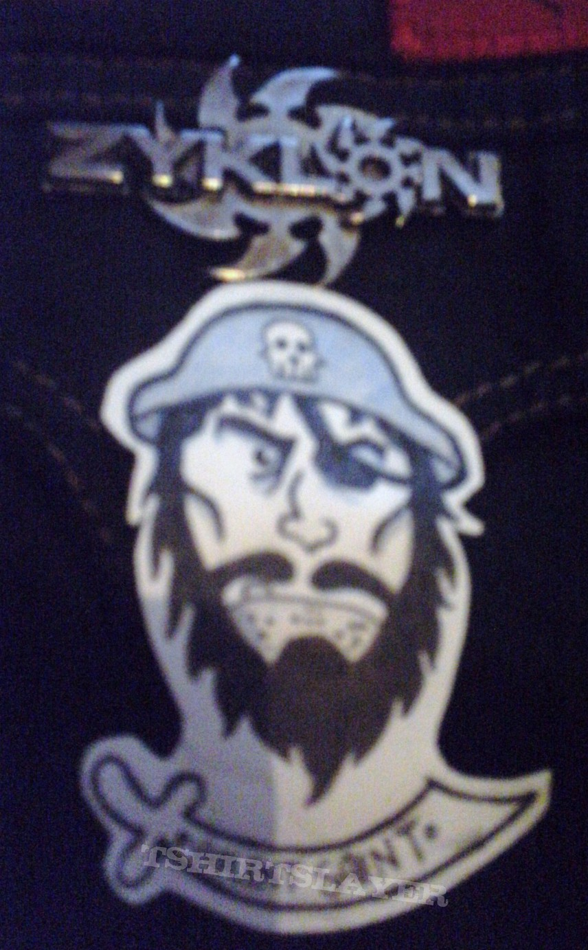 Other Collectable - Zyklon Pin