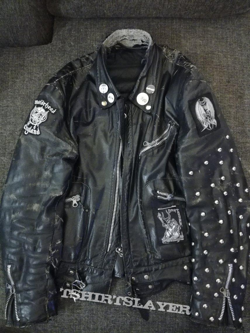 Studded rat leather armor