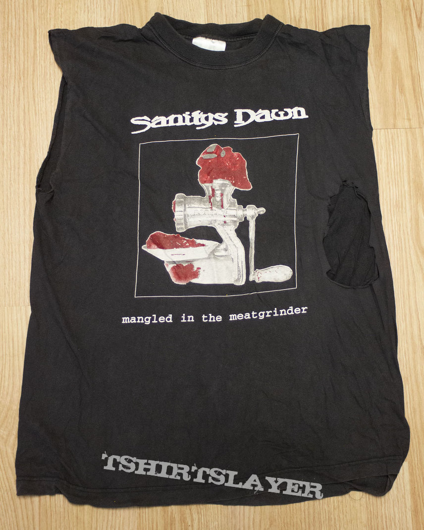 Sanitys Dawn - Mangled in the meatgrinder