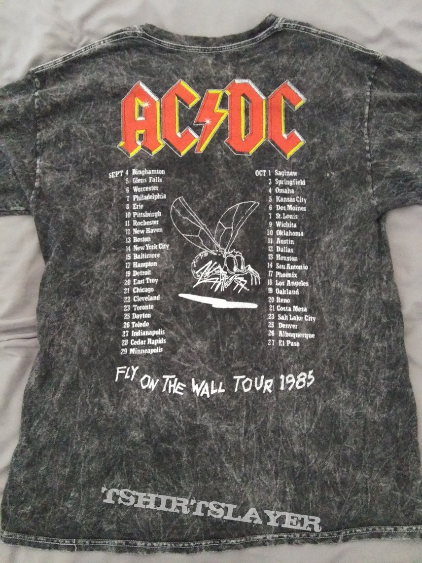 AC/DC- fly on the wall tour reprint