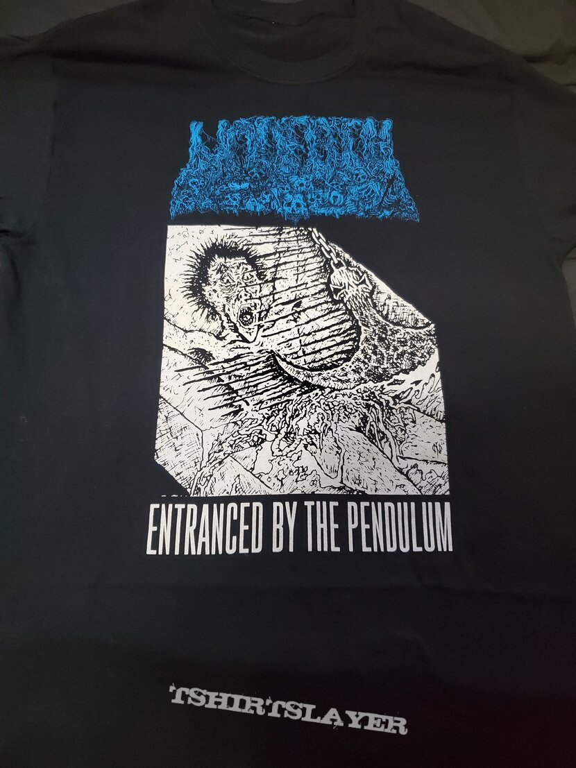 Undeath - Entranced by the Pendulum