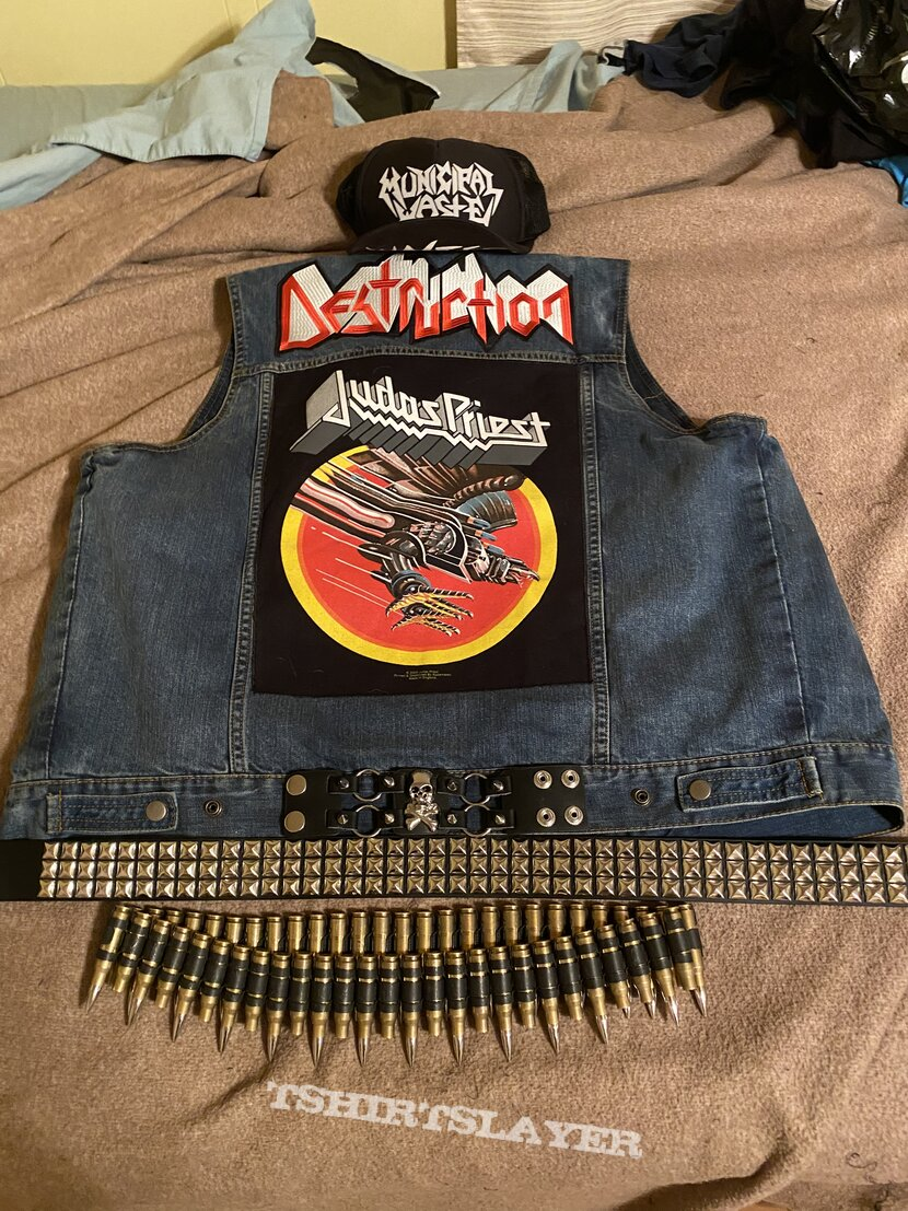 Second battle vest (mostly thrash)